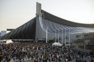 That`s a huge crowd, but they`ve just seen a concert at the adjacent National Gymnasium, and have no interest in the festival.